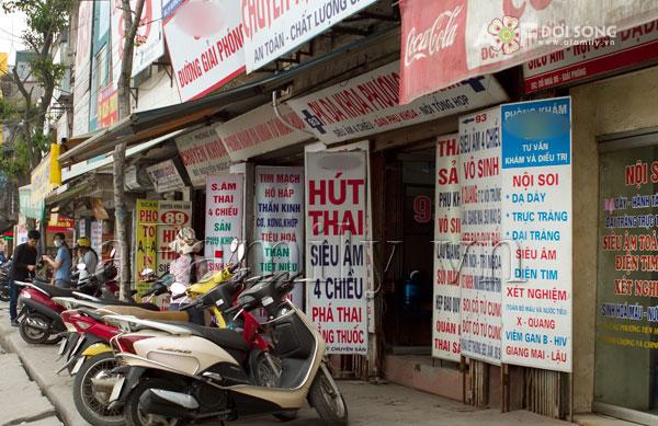 pha-thai-tai-pho-phung-hung