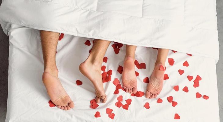 Lợi và hại khi quan hệ ngày đèn đỏ là gì?